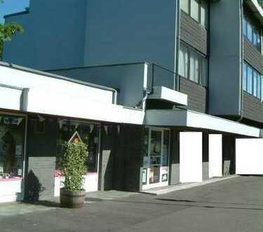 Barrierefreies Büro oder Verkaufsraum 64 m² in Rösrath Zentrum, 3 Räume