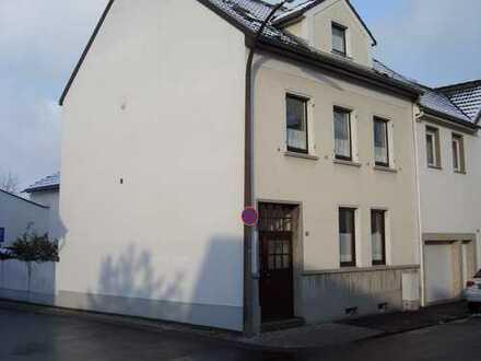 Freundliche 2-Zimmer-Wohnung mit Garten in Bonn-Friesdorf