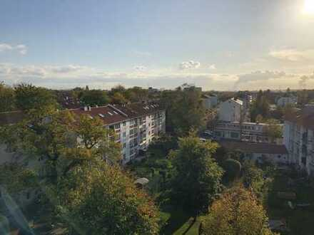 Geräumige Vier-Zimmer-Wohnung mit perfektem Weitblick!
