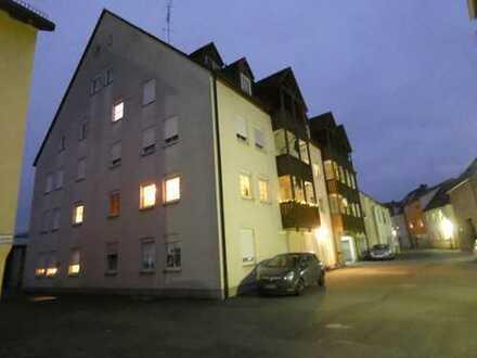 Vermietete Zwei-Zimmer-Eigentumswohnung in Auerbach