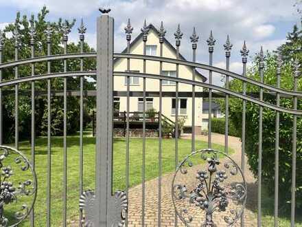Großzügiges Traumhaus für die ganze Familie in Neuenhagen auf Wunsch möbliert - auch teilbar