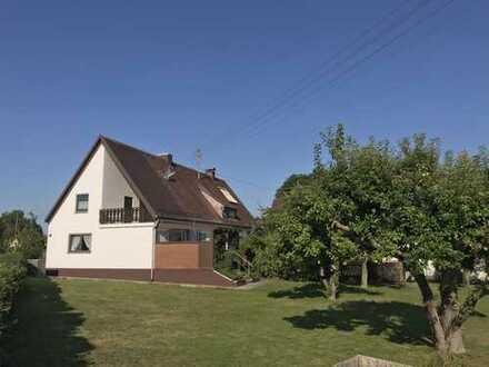 Schönes Haus mit 10 - Zimmern auf ca. 800 m² Grundstück