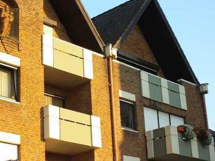 schöne Wohnung im Herzen von Giesenkirchen mit zwei Balkonen
