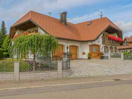 RE/MAX - Exquisites Traumhaus in Grafenhausen