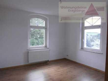 Schöne 4-Raum-Wohnung in zentraler Lage von Grünhain-Beierfeld zu vermieten!