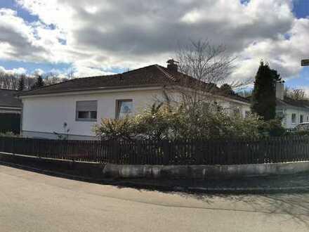 Hübsches Haus mit Garten und Doppelgarage in Neusäß-Steppach Nähe Klinikum
