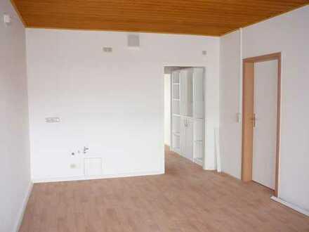 +++ frisch sanierte 4-Raum-Wohnung +++