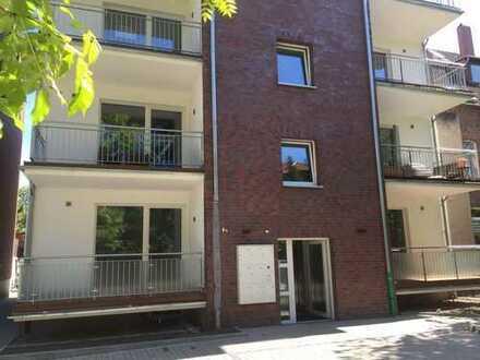 Nähe Wiehbergpark : Komfortable, großzügige 2 Zi Neubauwohnung mit großem Balkon