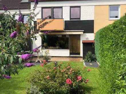 Schickes Reihenmittelhaus in Kleinschwarzenlohe sucht neue Eigentümer !