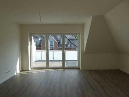 Erstbezug Dachgeschoss rechts mit Balkon
