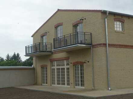 Erstbezug nach Sanierung - Traumwohnung im Vier-Seiten-Hof in Klein Kreutz