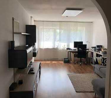 Moderne, helle, top ausgestattete 3,5-Zimmerwohnung mit Balkon. Ohne Provision! Direkt vom Eigent.