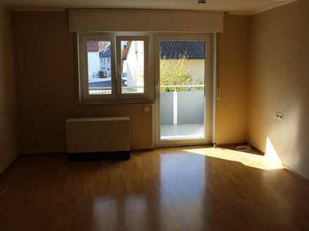 Modernisierte 4-Zimmer-Wohnung mit Balkon in Uhingen
