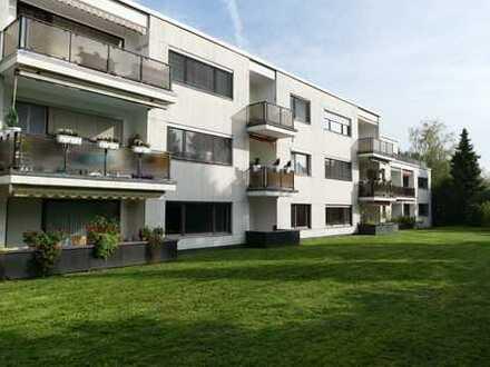 Schöne, helle und praktische 2-Zimmer-EG-Wohnung mit Balkon und TG-Platz - Nähe S-Bahn-Station