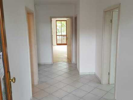 stillvolle 4-Zimmer-Maisonette-Wohnung mit großem Balkon in Gröbenzell