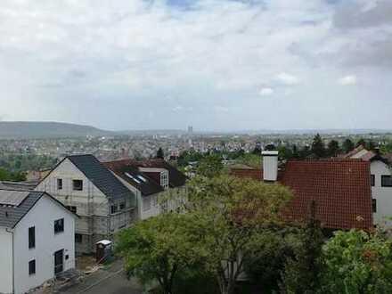 4,5-Zimmer-DG-Galeriewohnung in Top-Aussichtslage (Galgenberg)