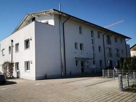 Neuwertige 2-Raum-Wohnung mit Balkon und Einbauküche in Ingolstadt