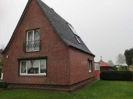 Einfamilienhaus mit separater Werkstatt, Garage und Wintergarten auf herrlichem Grundstück