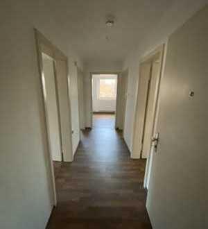 Charmante, helle 3-Zimmer Wohnung in ruhiger Lage im Süden Dachaus