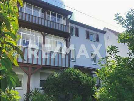REMAX - Renovierte 3-Zimmmer-Wohnung mit Blick ins Grüne!