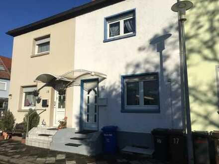 KLEINES HAUS STATT WOHNUNG...?!ohne Garten, 3 Zimmer, Wintergarten, Balkon, Garage