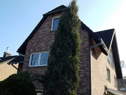 Wohlfühlen in hochwertiger Dachgeschoss-Maisonettewohnung