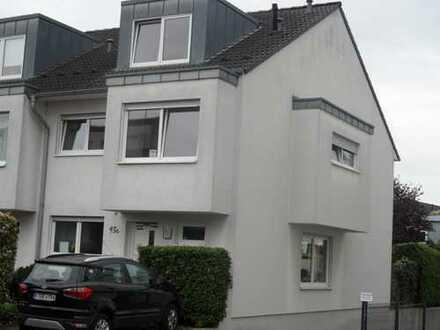 Wohnhaus mit Garten am Weißer Bogen in Rheinnähe