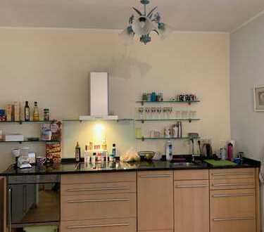 Freundliche 3-Zimmer-Wohnung zentral und trotzdem ruhig mit Einbauküche in Landau in der Pfalz