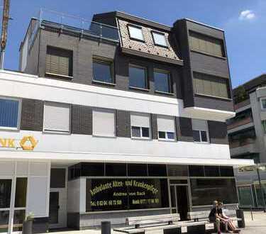 95 qm lichtdurchflutete Wohnung mit sehr großem,repräsentativen Wohn-Essbereich in der Fußgängerzone