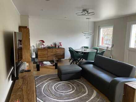 Exklusive, neuwertige 2-Zimmer-Wohnung mit Balkon und Einbauküche in Karlsruhe