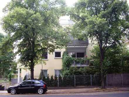 1-Zimmer-Wohnung mit Terrasse und kleinem Gartenanteil in Dresden-Blasewitz