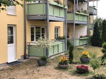 2-Zimmererdgeschosswohnung mit Gartenterrasse und TG-Duplexgarage