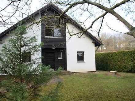 Großes Haus (ca. 170 m2) - ideal für eine Familie - in ruhiger Lage am roten Hügel