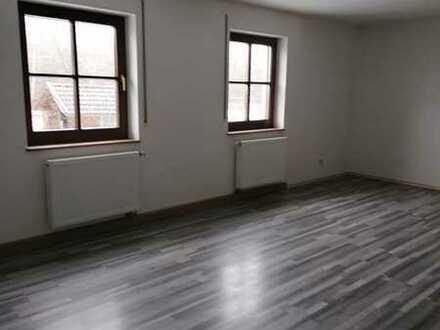 Großzügige 3 Zimmer Wohnung mit Balkon