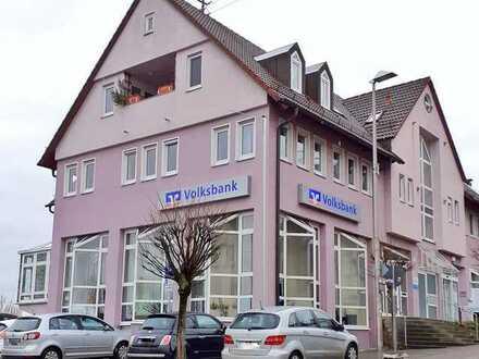 Zentrumsnahe Büro-/Kanzlei-/Praxisräume (ca. 204m²) mit Parkplätze in Benningen