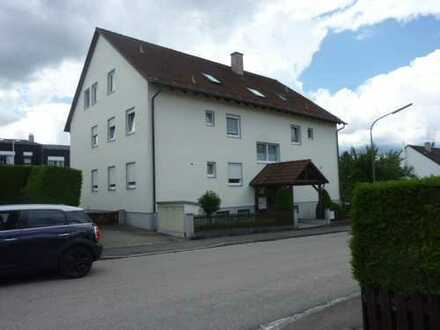 Sonnige 2 ZKB Wohnung, kl.Wohnanlage in Diedorf