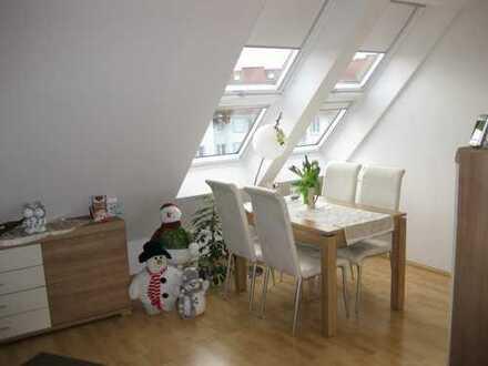 2-Zimmerwohnung mit Galerie und Balkon in Flörsheim-Wicker