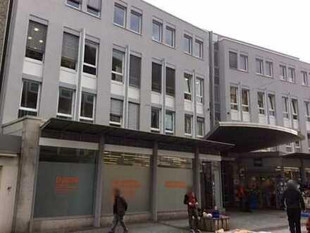 Büro/ Praxisfläche in der Fußgängerzone ideal für Schulungen oder Nachhilfeunterricht