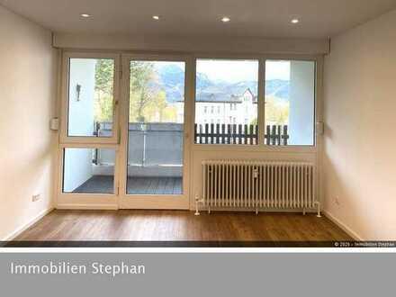 RESERVIERT - Neu renoviertes 1-Zimmer Appartement mit Bergblick