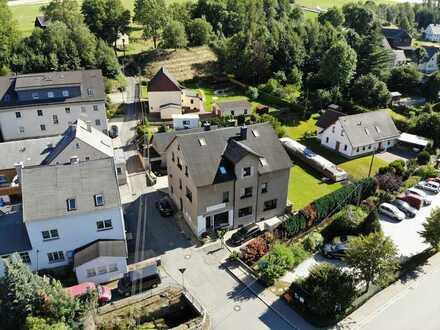 Verkehrsgünstig & zentral gelegene Gewerbeimmobilie in Thum OT Jahnsbach zur Miete