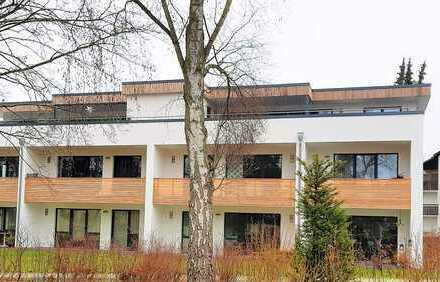 """Neubau 2-Zimmer-Erdgeschosswohnung mit überdachter """"Süd-Terrasse"""", Einbauküche, direkt am Kurpark"""