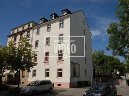 2-Zimmer-Altbauwohnung im trendigen Gallusviertel
