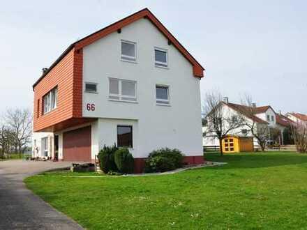 Ausblick ins Grüne - Doppelhaushälfte in ruhiger Ortsrandlage in Steinenbronn (Kreis Böblingen)
