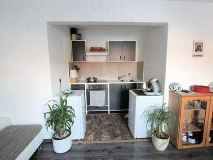 Wohn- und Geschäftshaus mit genehmigter Baureserve!