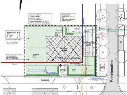 Baugrundstück mit Baugenehmigung für Dreifamilienhaus (300 qm Wohnfläche)