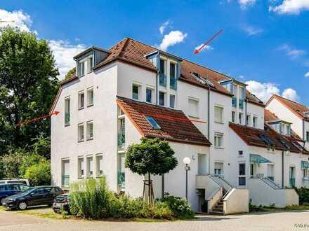 Schöne 4- Zi. DG-Maisonette Wohnung zum Wohlfühlen!  Mit Balkon und moderner Einbauküche / inkl. TG