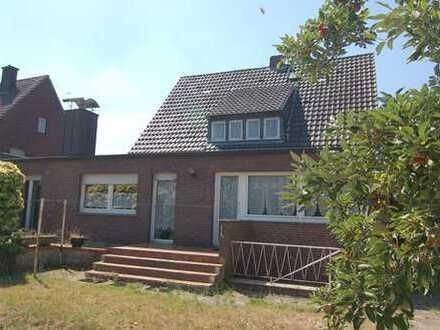 Werne-Stockum ! Freistehendes 1-2-Familienhaus in guter, gewachsener Lage !