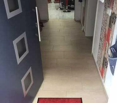 Schöne, geräumige 3-Zimmer Wohnung im Saalekreis, Schkopau OT Döllnitz