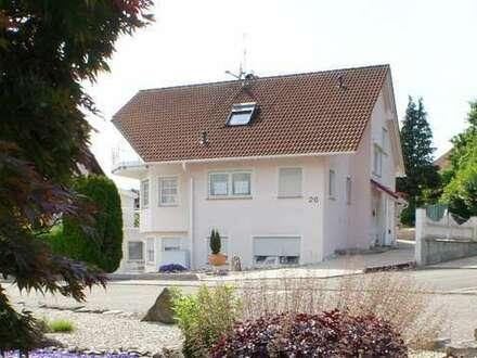 + Haus mit viel Platz und Garten in schöner Lage +