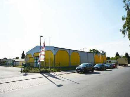 Lager-/ Produktionshalle mit 864 m² in strategisch guter Lage von Einbeck - hochwertige Ausführung